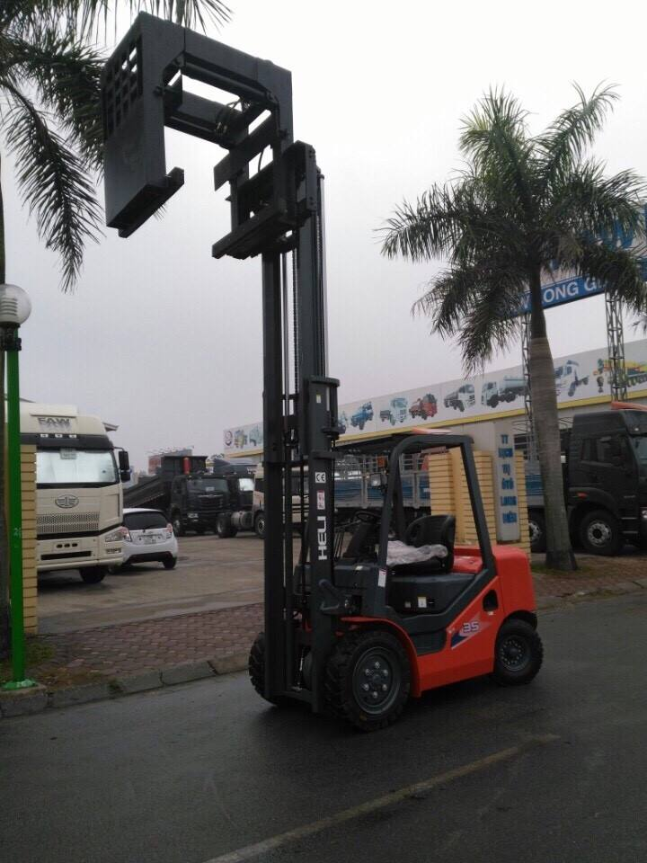 bo-cong-tac-kep-gach-xe-nang-heli-2
