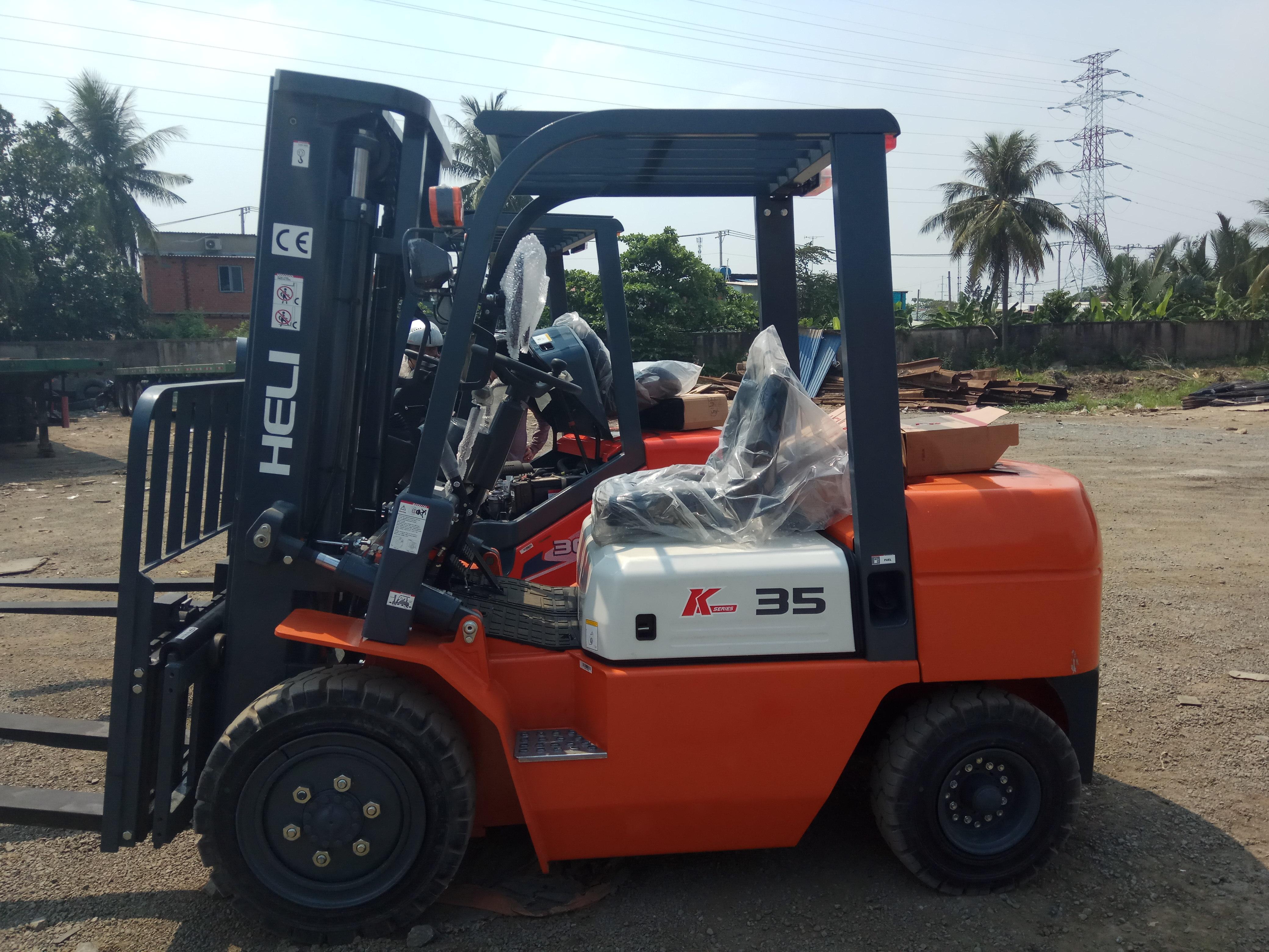 Bán xe nâng Heli tại Bình Phước